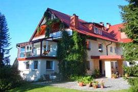 urlaub im fichtelgebirge: wintergarten mit balkon im hotel barbara