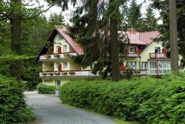 Fichtelgebirge: Hotel Barbara Einfahrt