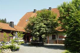ferienhaus hottenroth / fichtelgebirge und hof mit außengrill